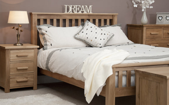 The Midhurst Oak Bedroom Collection