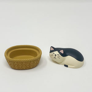 concombre Figurine Cat Sleeping - MAIDO! Kairashi Shop