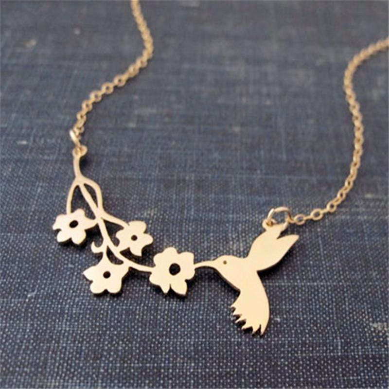 Hummingbird And Flowers Fashion Necklace