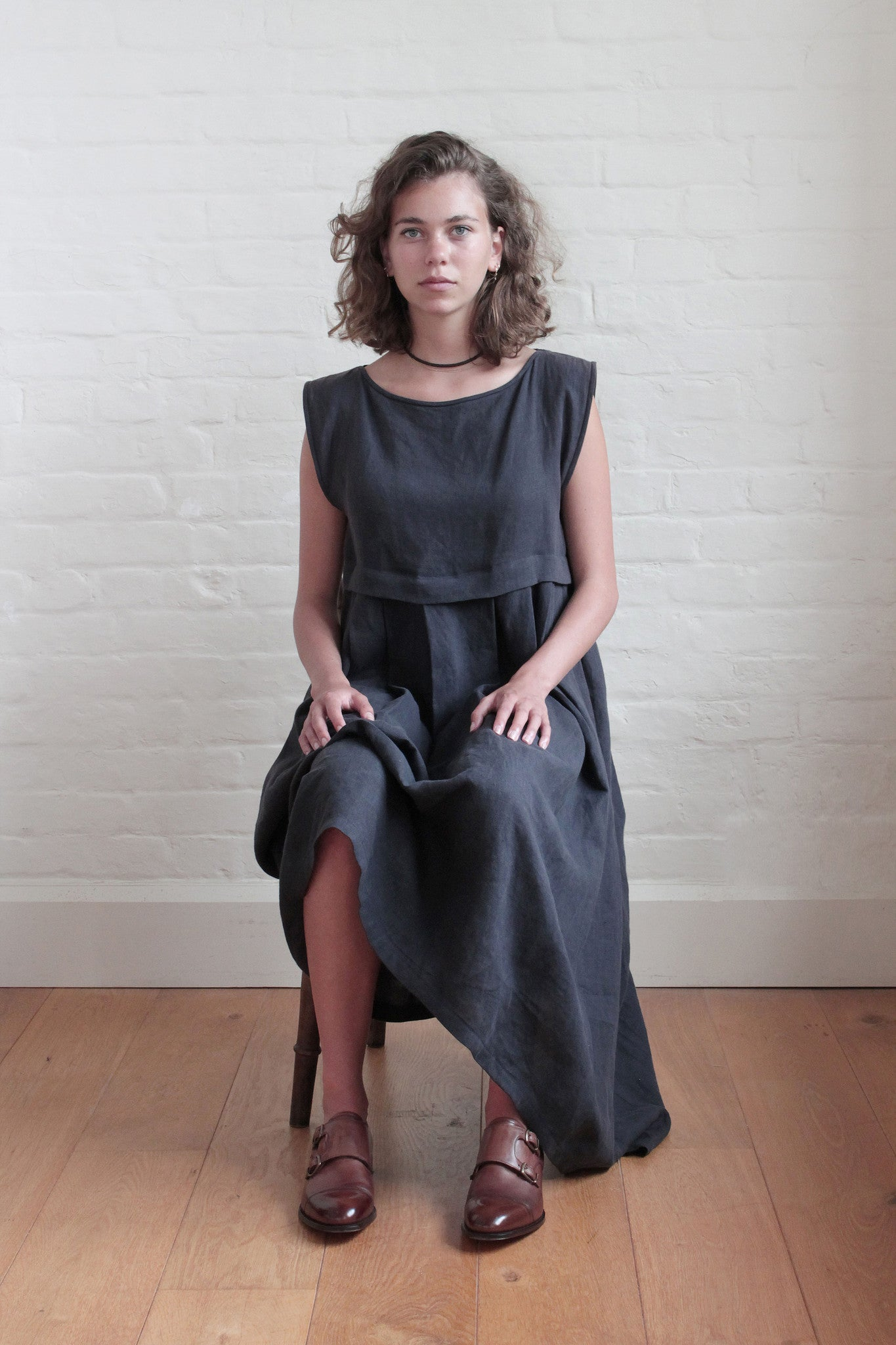 Pleat Dress Linen Navy