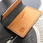Two tone black and natural Pueblo leather card holder - Buck&Hide