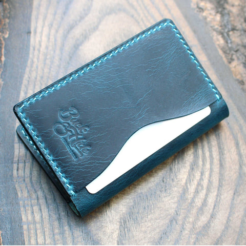 Ortensia Wax three-slot compact card holder.