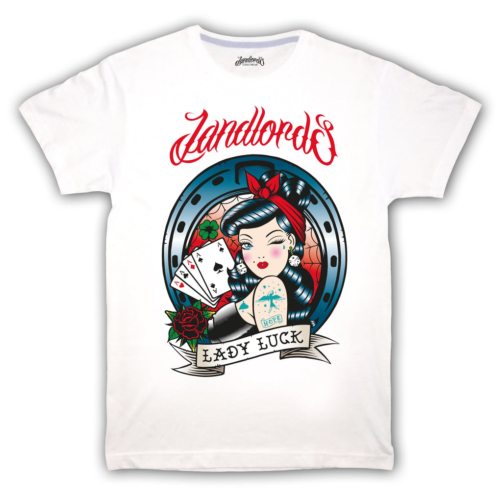 T-Shirt Lady Luck Landlords | Edroppit - Vestibilità :  Regular Fit      T-Shirt Unisex bianca     Stampa Lady Luck sulla parte anteriore     100% cotone   Esclusivamente Made In Italy