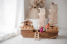 Load image into Gallery viewer, QToys Wooden Pirate Ship