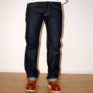 SAMPLE MEN JEANS REGULAR FIT STRAIGHT - 13.5 OZ. RAW SELVAGE DENIM CHEVY