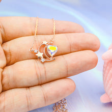 Load image into Gallery viewer, Sparkling Heart Necklace