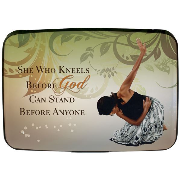 CHC01 She Who Kneels Card Holder