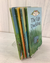 Load image into Gallery viewer, 4  `Well Loved Tales` Ladybird Books
