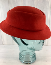 Load image into Gallery viewer, 1980s Red Felt Fedora