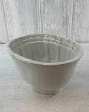 Load image into Gallery viewer, Antique stoneware jelly or blancmange mould. 1 1/2 pint capacity. Country farmhouse look.