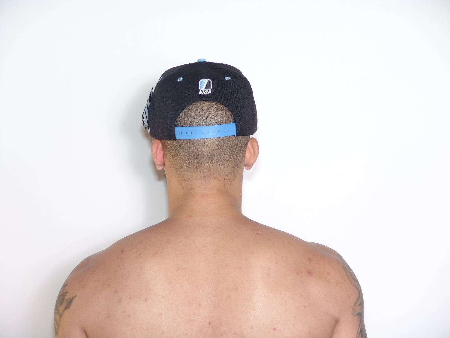 2TONE CAROLINA BLACK:BLUE CAPS
