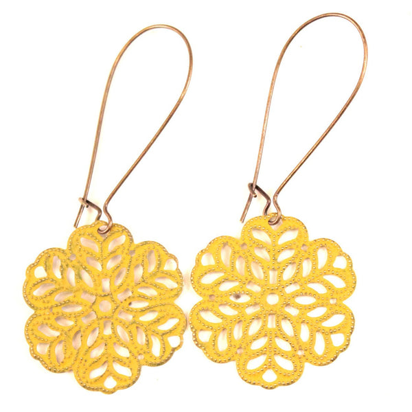 Lazy Daisy Earrings