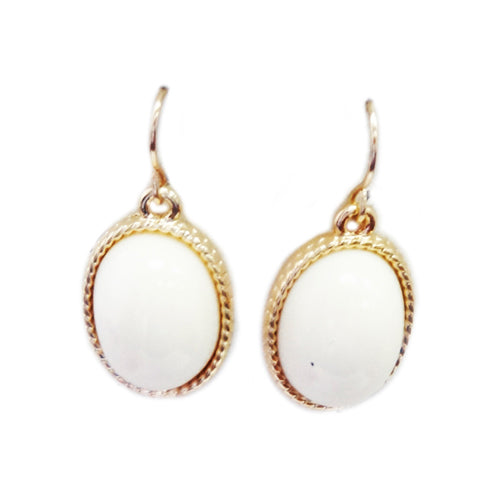 Off white and gold oval earrings