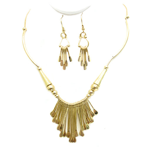 GOLD INTRICATE TRIBAL DESIGN NECKLACE AND EARRINGS SET