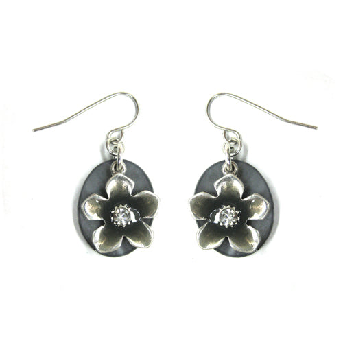 SILVER FLOWER ON SHELL EARRINGS