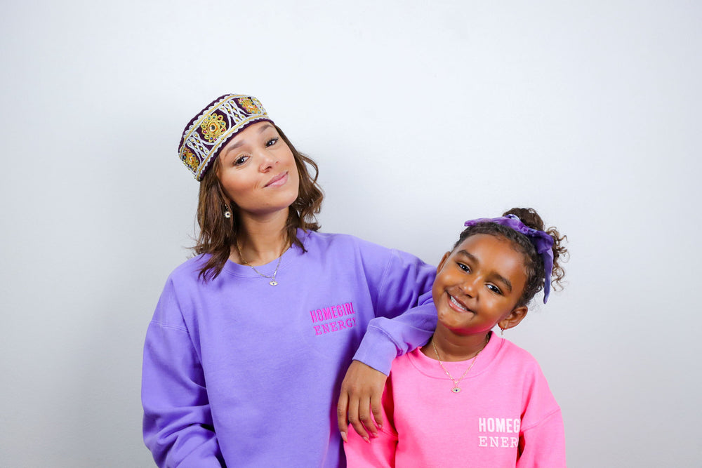 Load image into Gallery viewer, Homegirl Energy Crew Neck