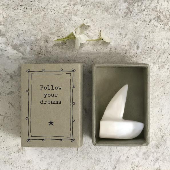 East of India Matchbox - Follow your dreams (5667) - Hothouse