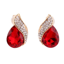Load image into Gallery viewer, High-grade Rhinestone Crystal Tear Drop Shape Clip on Earrings Non Piercing for Women Wedding Luxury No Hole Earrings New