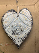 Load image into Gallery viewer, Flat antique tin hearts
