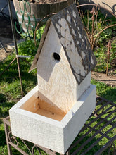 Load image into Gallery viewer, Single birdhouse planter