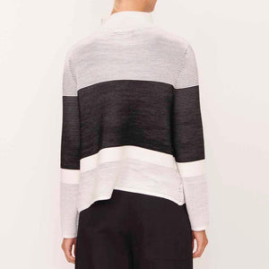 LINEAR RIED KNIT