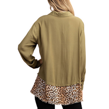 Load image into Gallery viewer, ANIMAL PRINT BOTTOM SHIRT