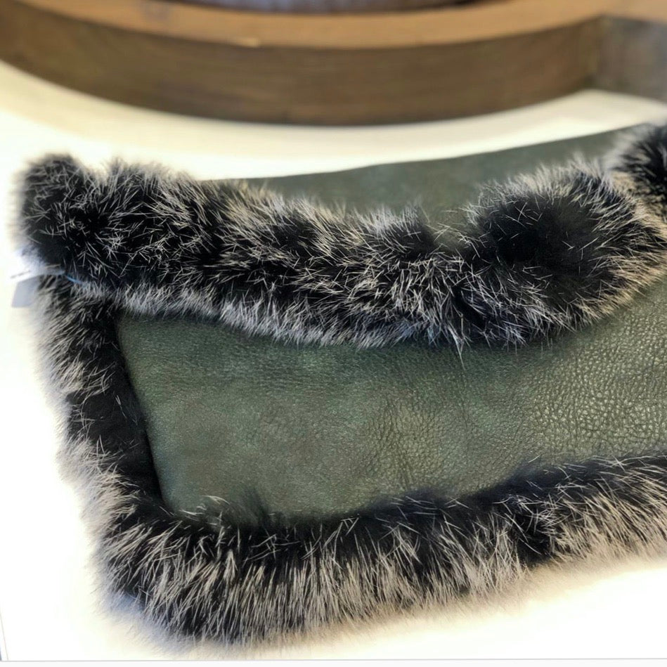 FUR TRIM CLUTCH BAG