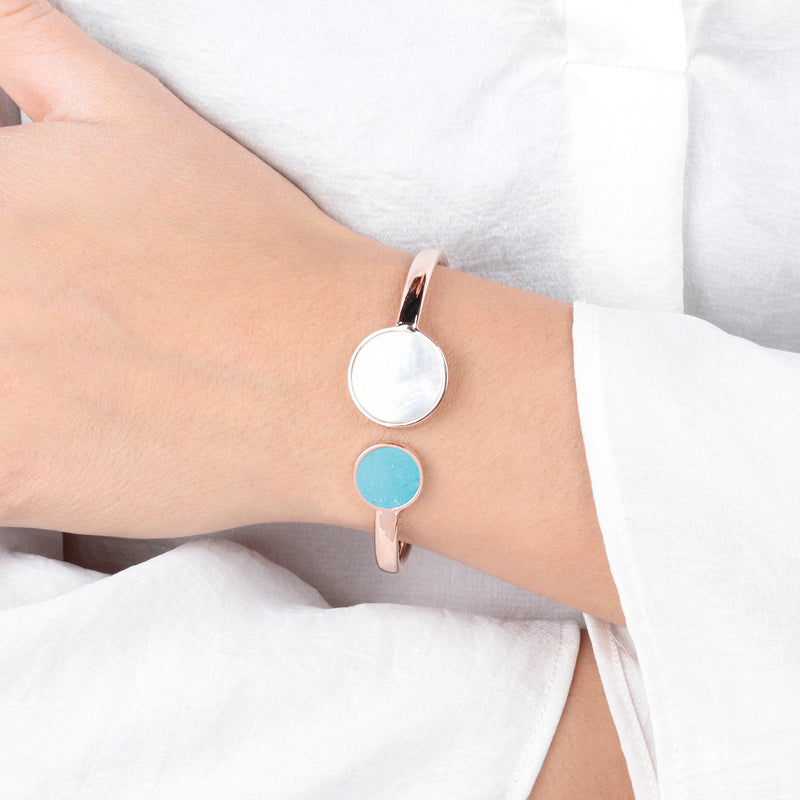 Gemstone-Cuff-Bracelet_bracelets_whitelight-blue