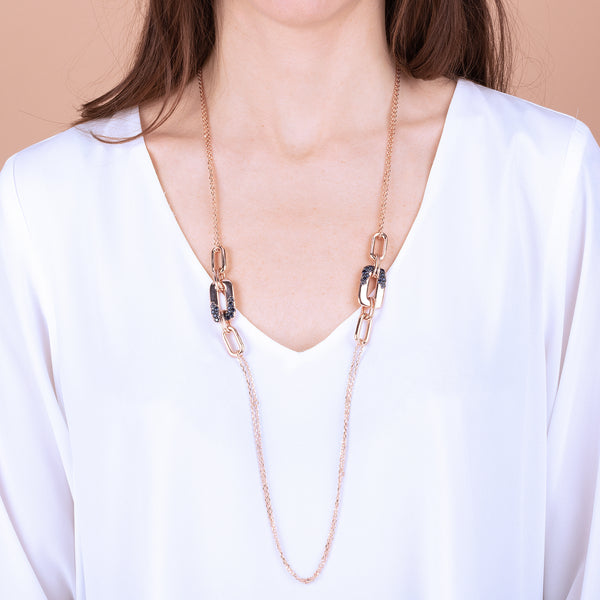 Necklace-with-Rectangular-Pendants-and-Pavé-Detail_necklaces_pink_5