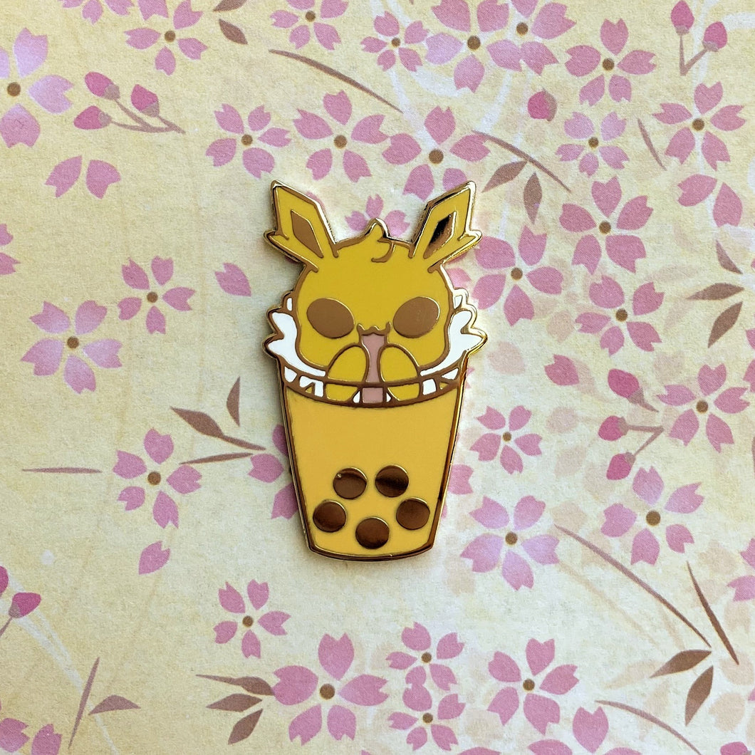 Eeveelutions Jolteon Boba Pin