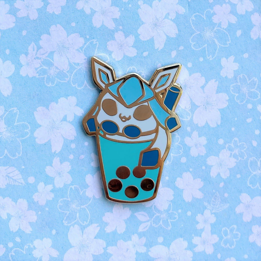 Eeveelutions Glaceon Boba Pin