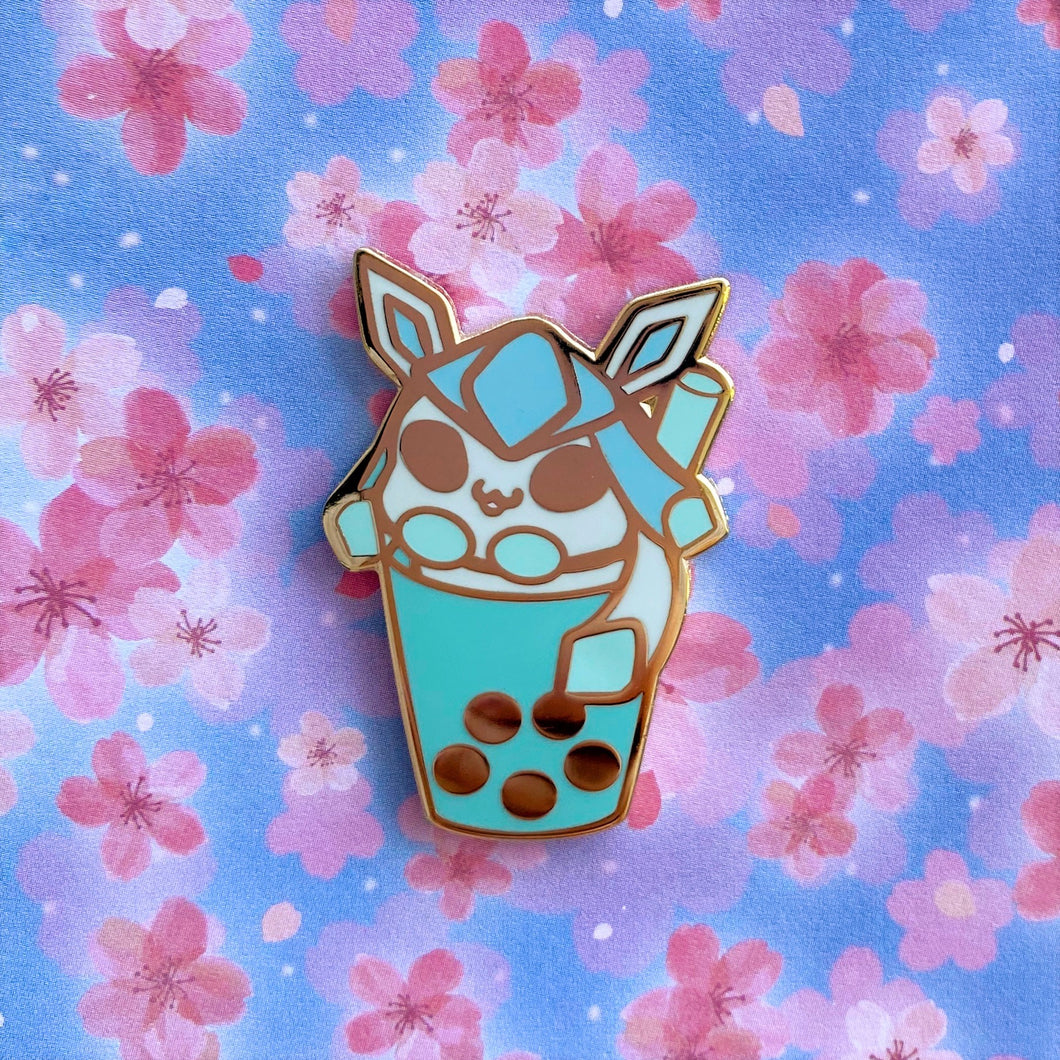 Eeveelutions Shiny Glaceon Boba Pin