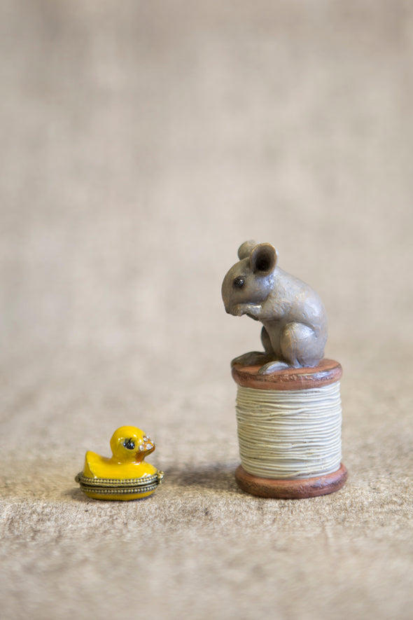 London Ornaments Mouse On Cotton Reel