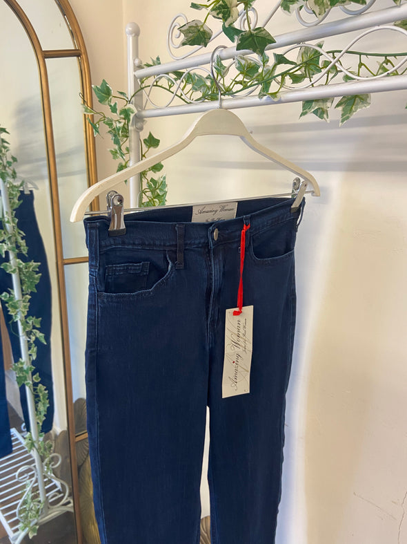 Amazing Woman Slim Ankle Length Stonewash Jean