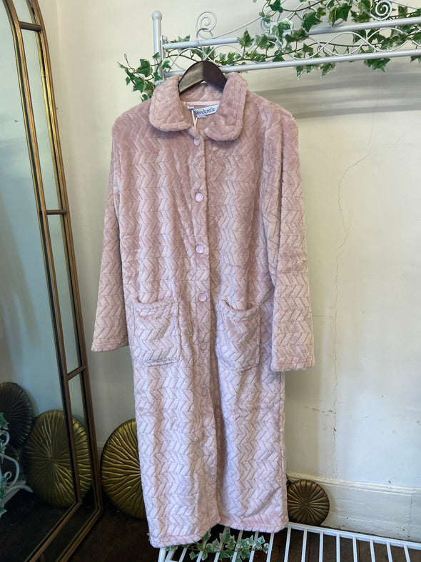 "Slenderella Pink Chevron 46"" Button Housecoat"