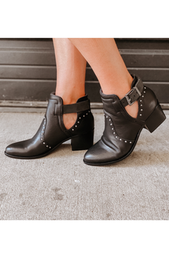 Kelby Leather Bootie
