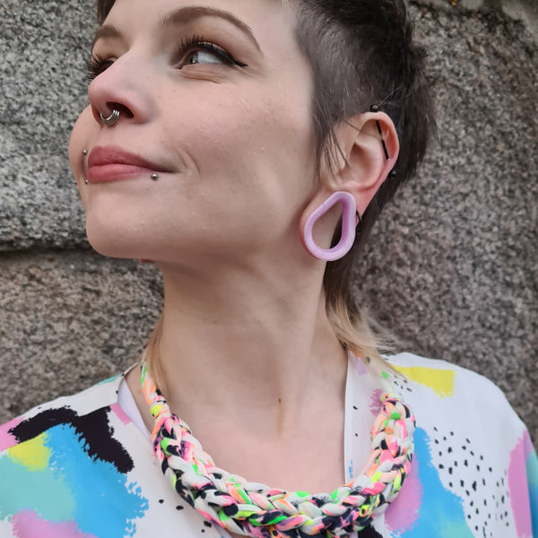 CURVE necklace: NEON Animals - Stellen UK