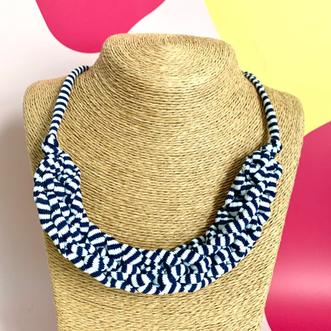 CURVE necklace : Blue stripes - Stellen UK