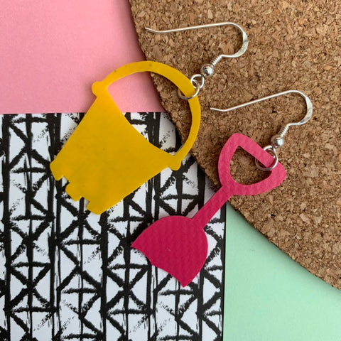 BUCKET AND SPADE Earrings : I was a bouncy castle : Yellow + Pink - Stellen UK