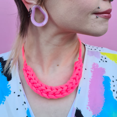 CURVE necklace: Bright pink neon - Stellen UK