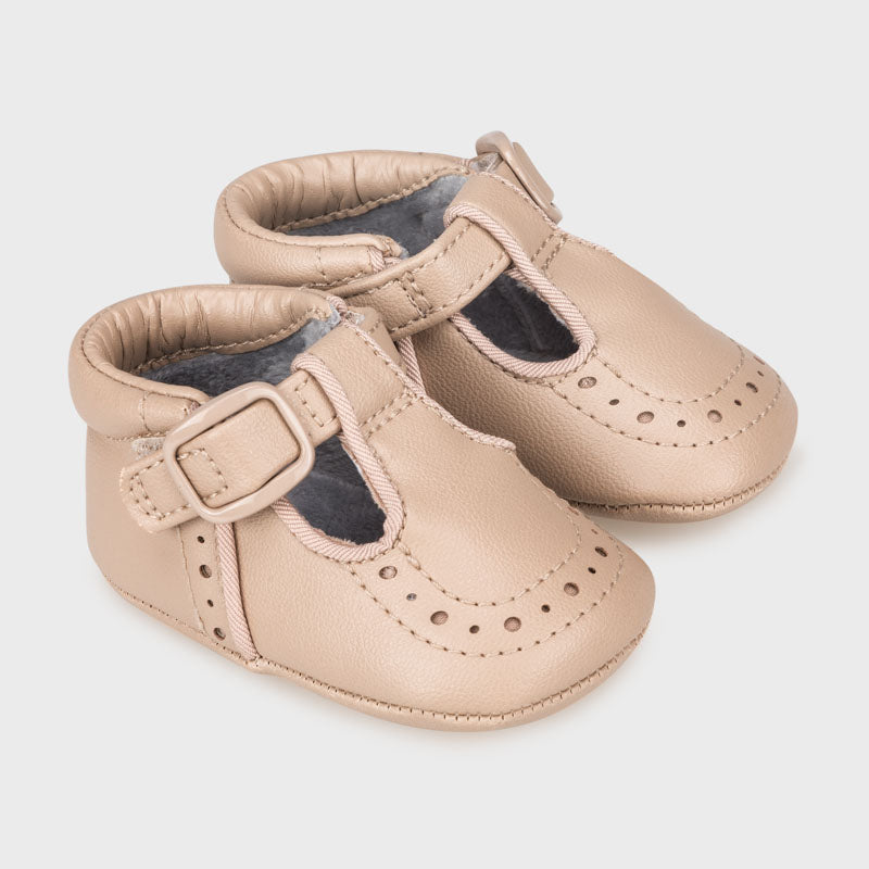 Hazelnut Newborn Shoes