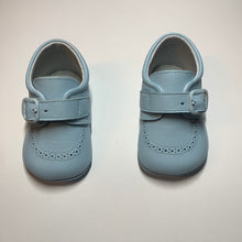 Load image into Gallery viewer, Leather Handmade Baby Shoe
