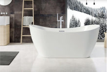 Load image into Gallery viewer, White Freestanding Bath