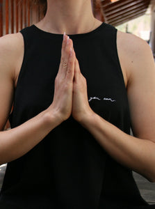 WOMEN organic yoga top.