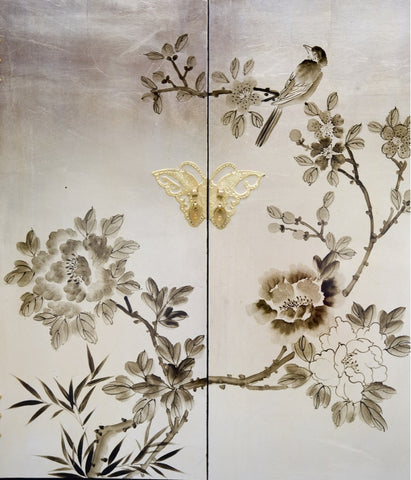 Chinoiserie painting on furniture for bathroom cabinet