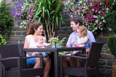 social distance with outdoor dining