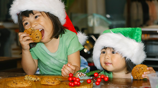 Vol 16 : Santa's Favorite Christmas Cookies (with special guest : Makenzie)