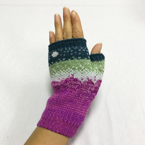 Autumn & Winter Moon Jacquard Gloves