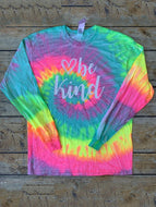BE KIND tie-dye crew neck t-shirt top
