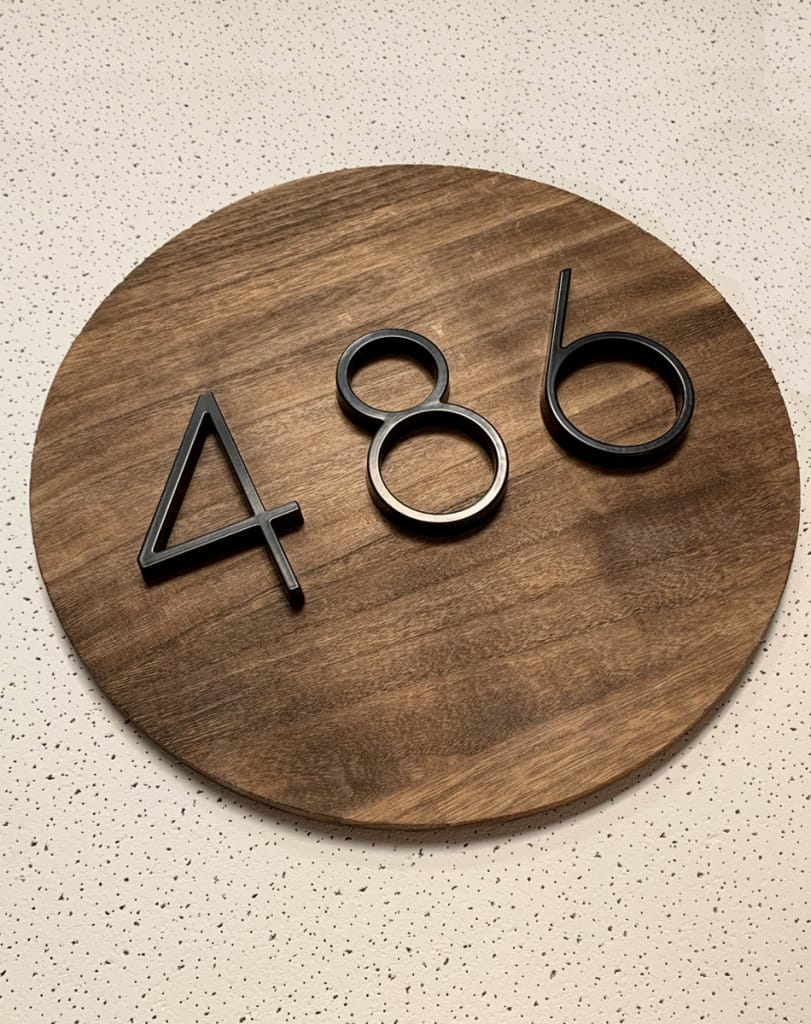 Floating house number